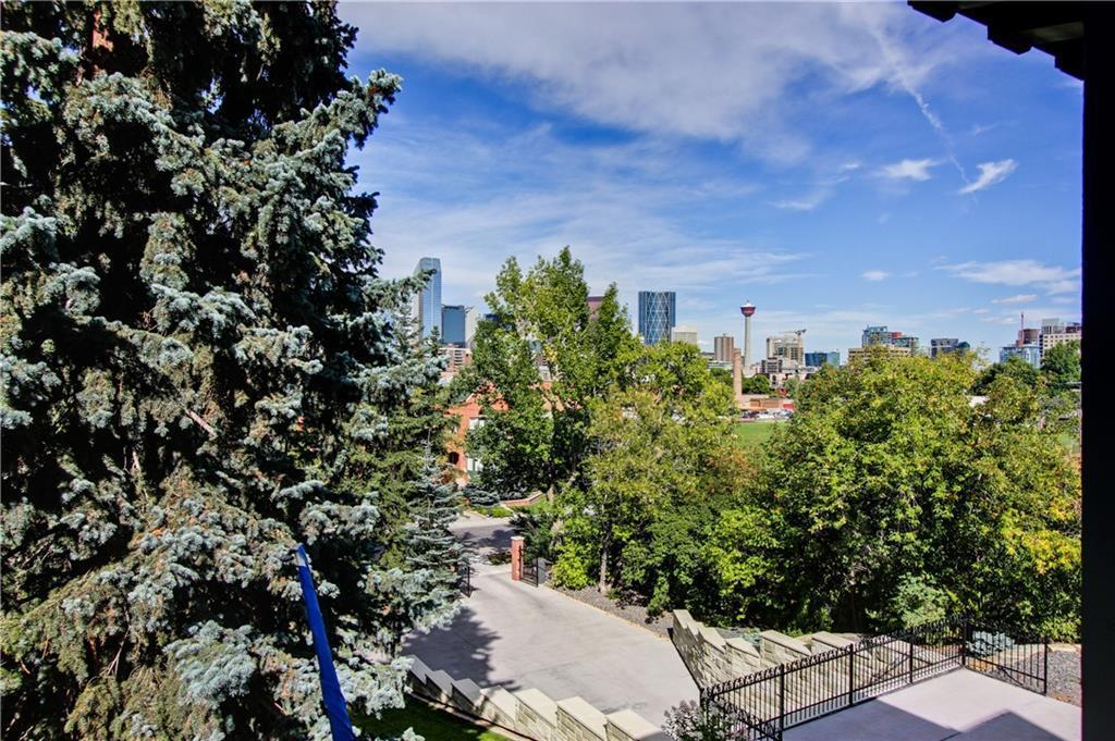 717 ROYAL AV SW , Calgary, ALBERTA,T2S 0G3 ;  Listing Number: MLS C4283500