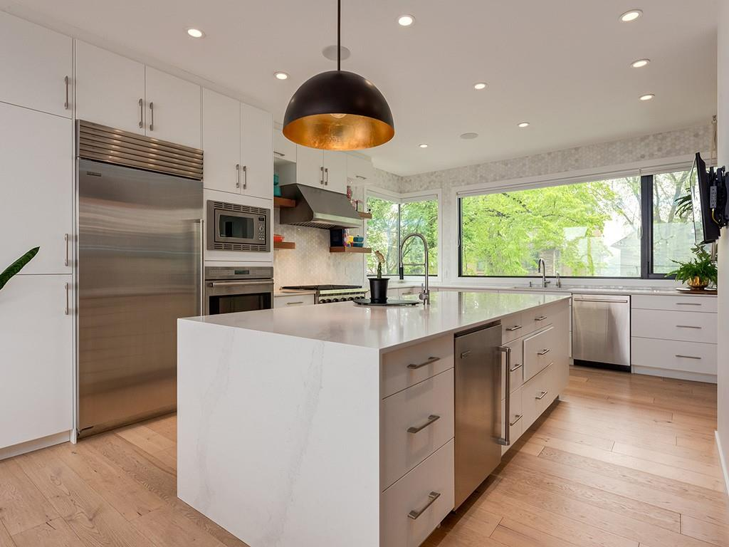 Picture of 1411 22A ST NW