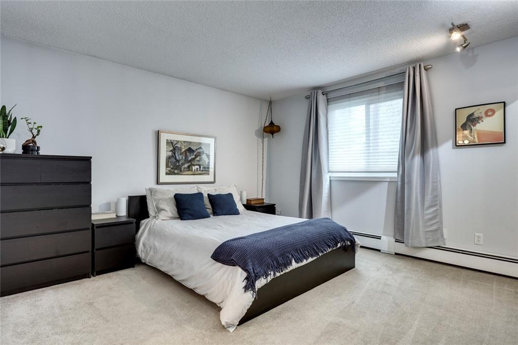 Picture of #7 3402 PARKDALE BV NW