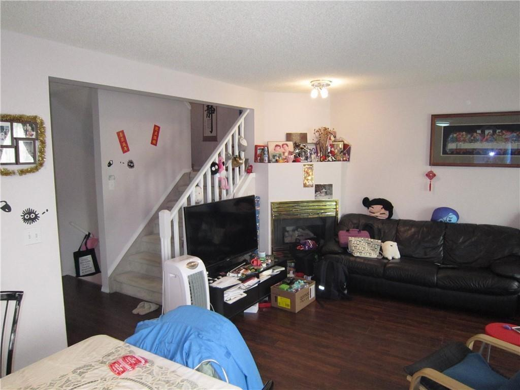 Picture of #120 388 SANDARAC DR NW