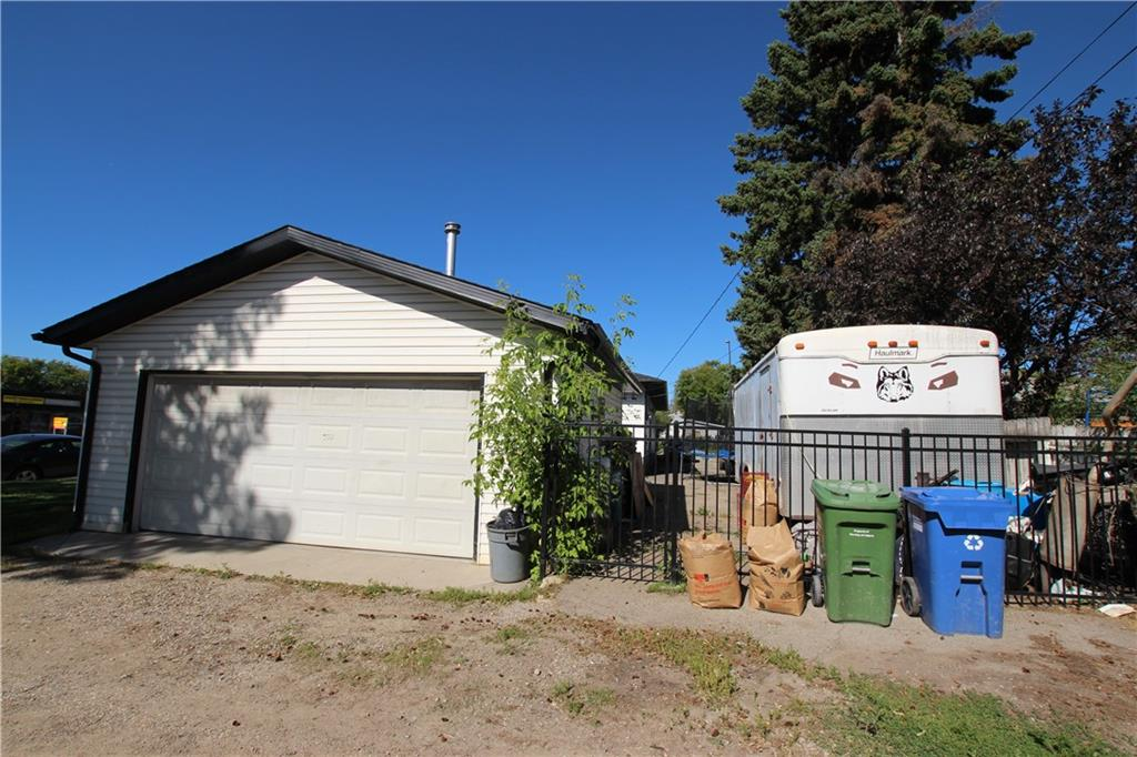 Picture of 2626 44 ST SE