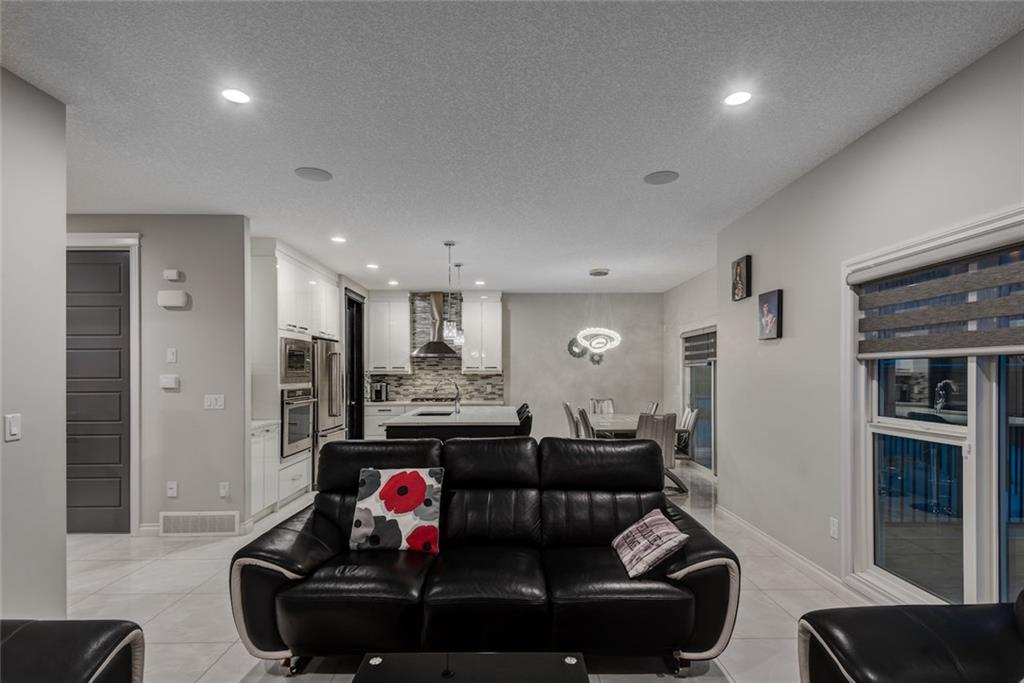 Picture of 52 SHERVIEW GV NW