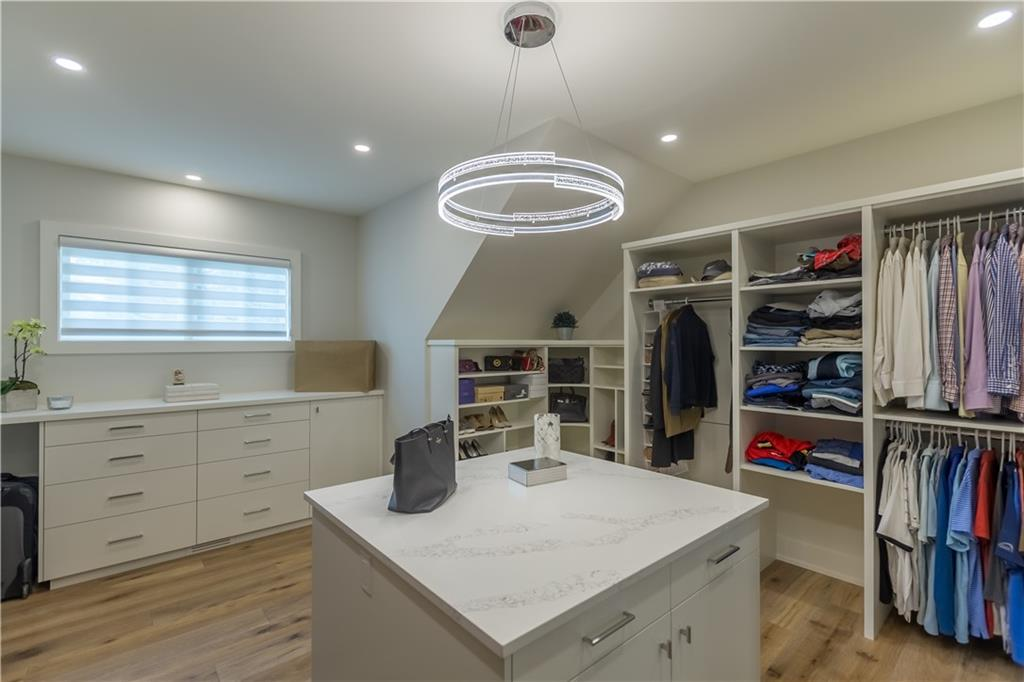 Picture of 6702 LEASIDE DR SW