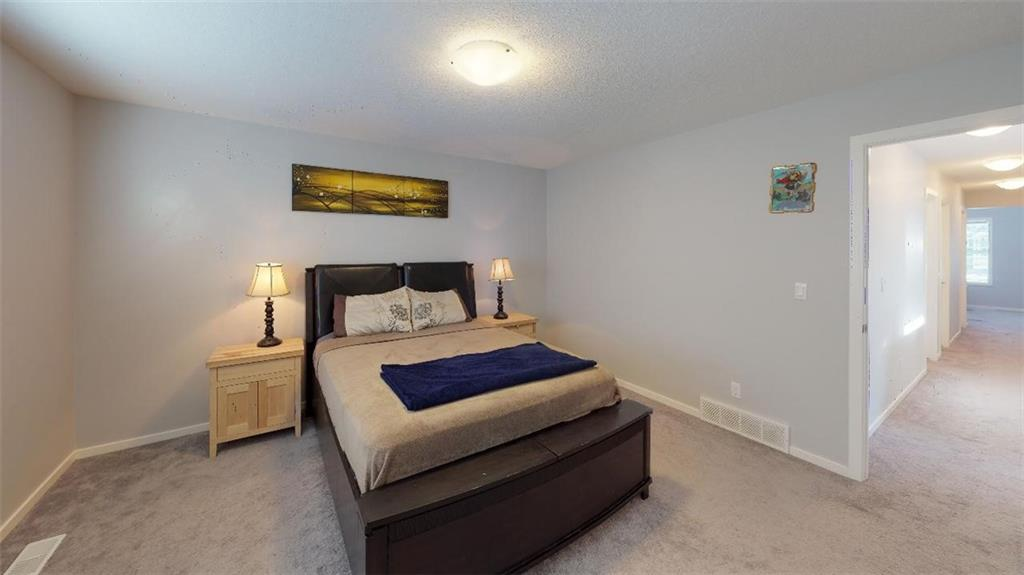 Picture of 301 KINGS HEIGHTS DR SE