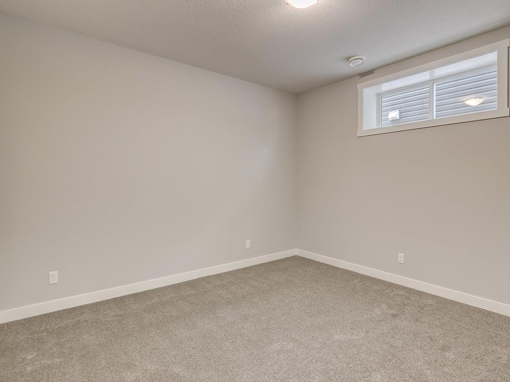 Picture of 220 BOULDER CREEK CR S