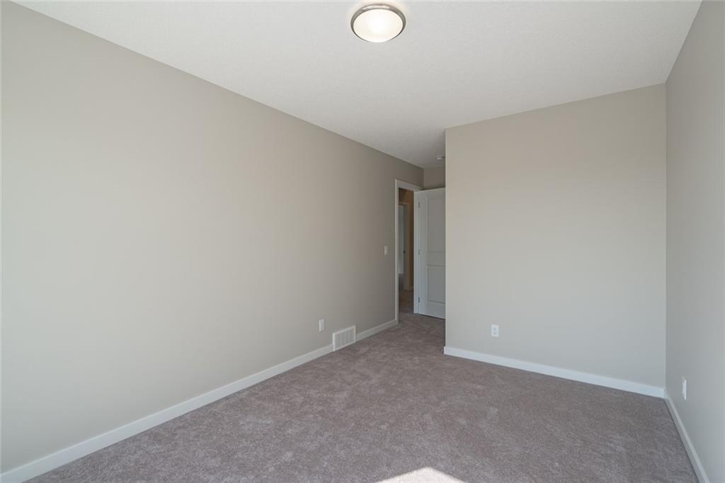 Picture of 12 WALGROVE GD SE