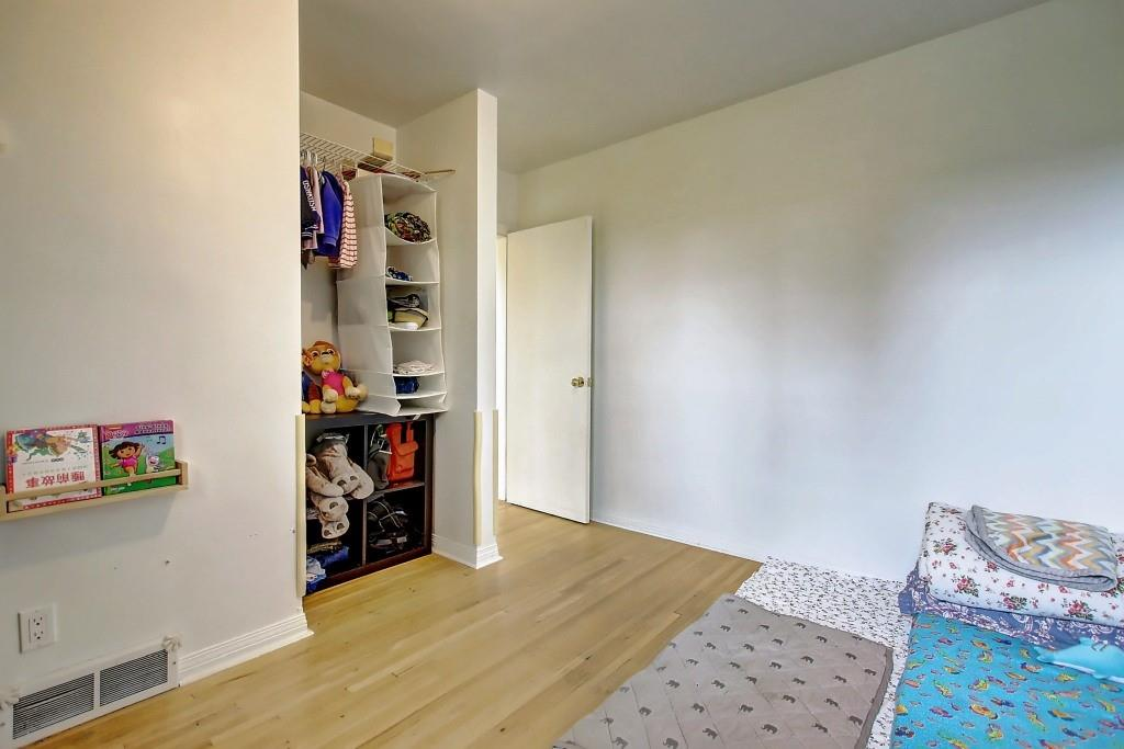 Picture of 2920 Toronto CR NW