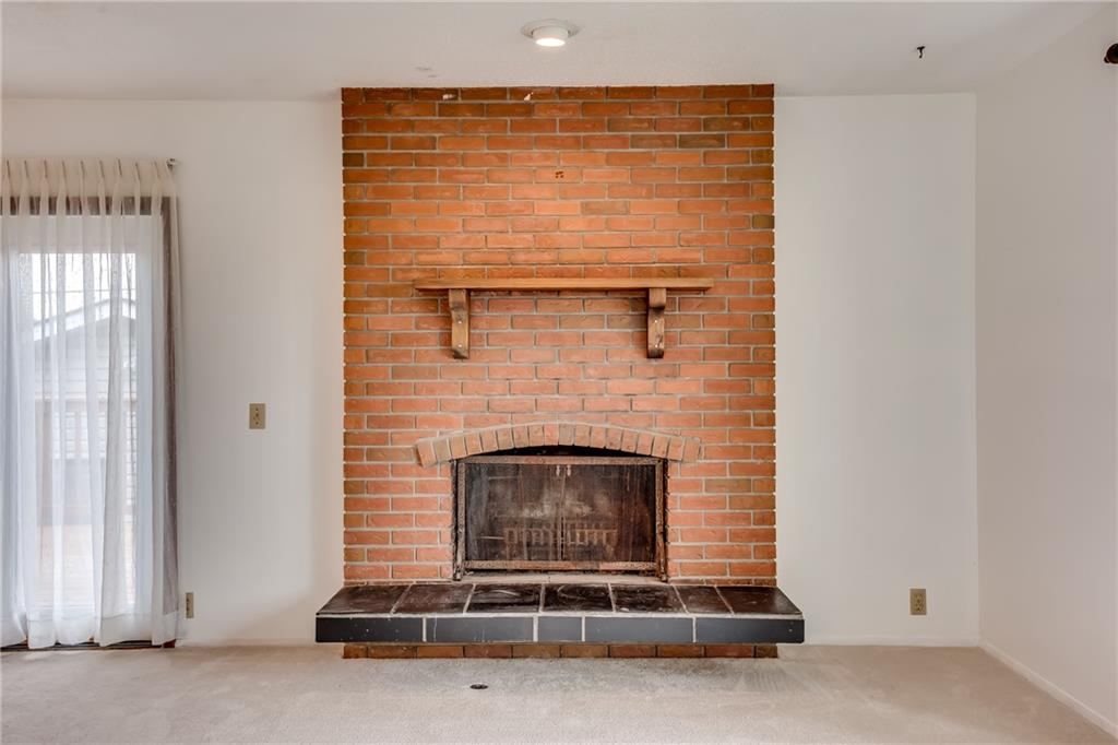 Picture of 5704 PINEPOINT DR NE