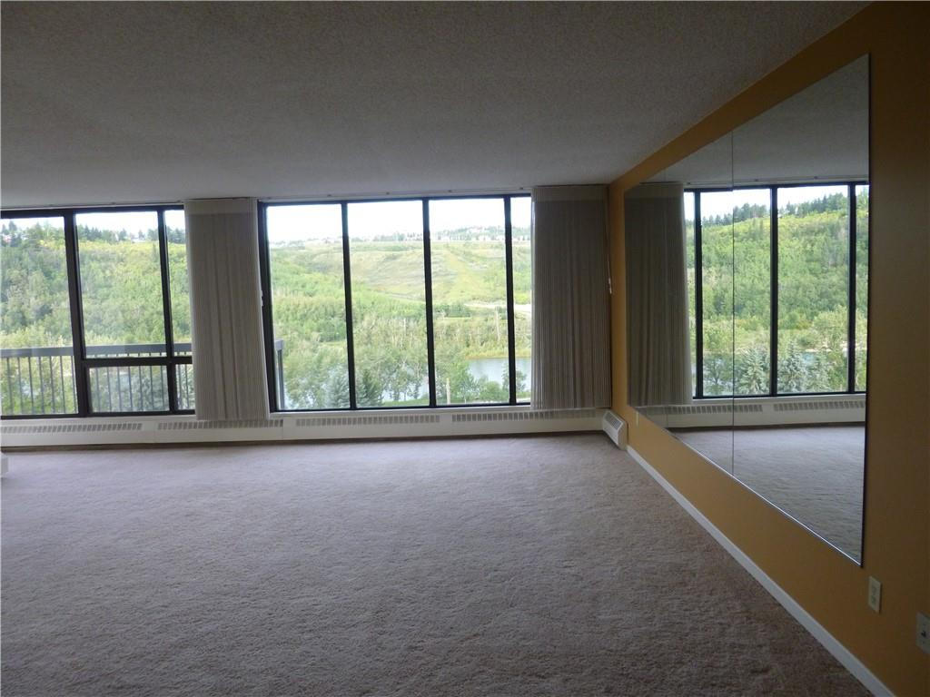 Picture of #802 80 POINT MCKAY CR NW