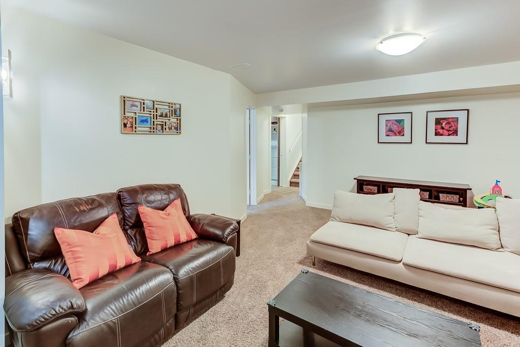 Picture of 695 COPPERPOND CI SE