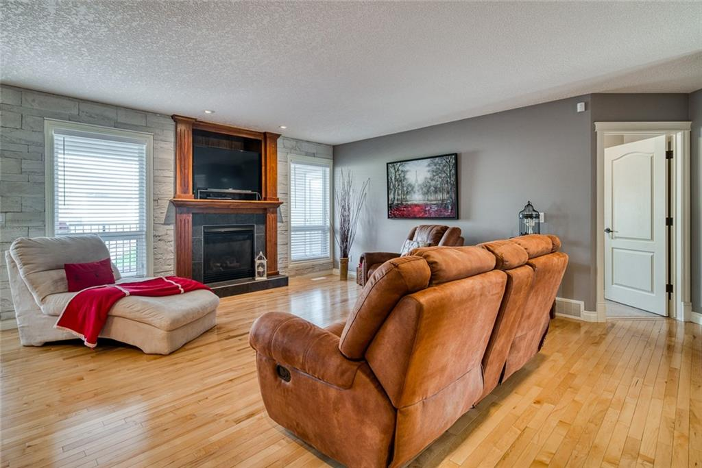 Picture of 130 STRATHMORE LAKES PL