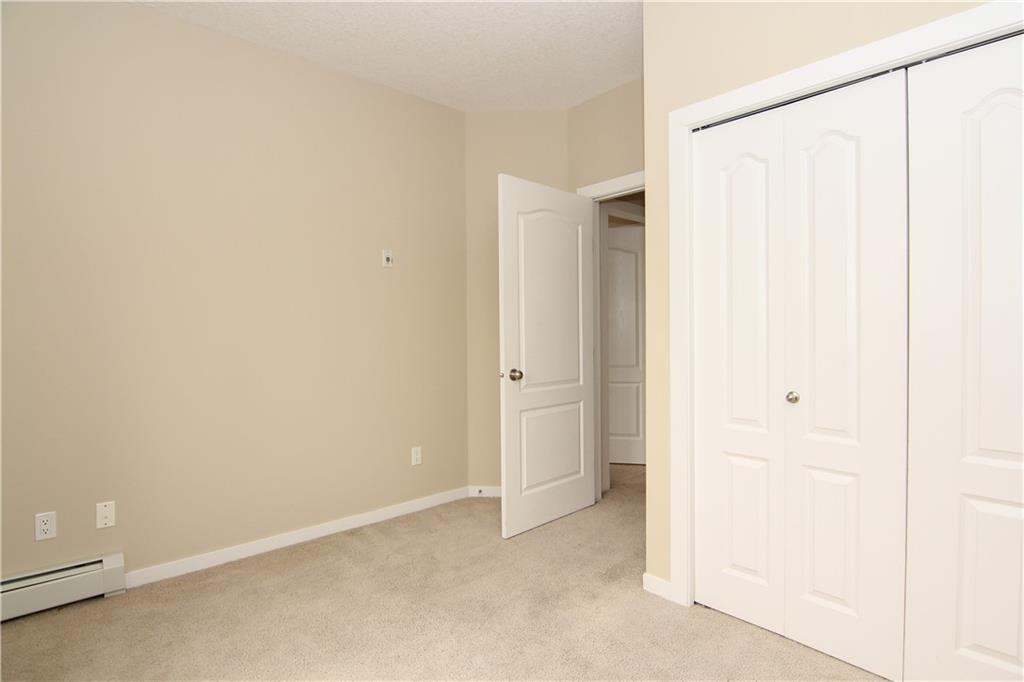 Picture of #1203 604 EAST LAKE BV NE