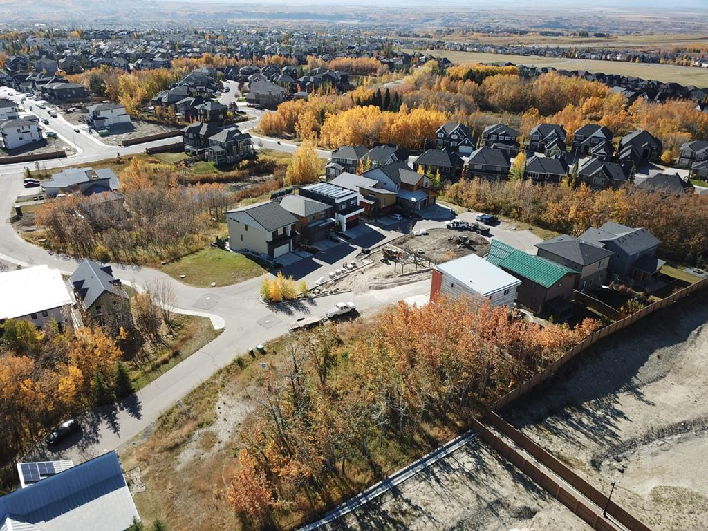 41 ROCKHAVEN GR NW , Calgary, ALBERTA,T3G 0C5 ;  Listing Number: MLS C4224034