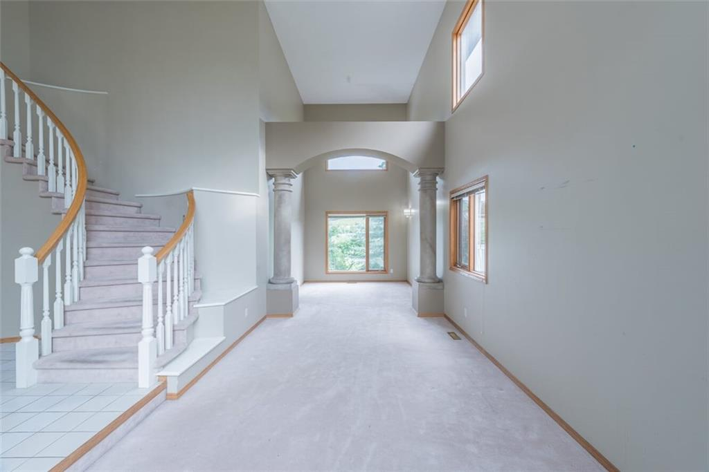 Picture of 23 Valley Ridge GR NW