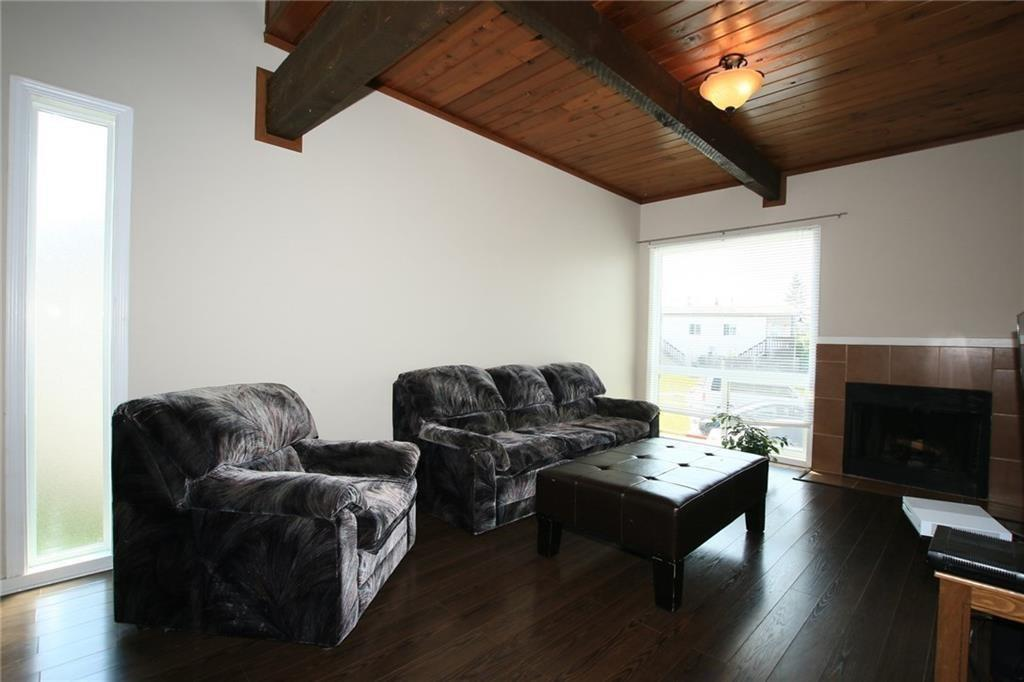 Picture of 110 OAKTREE CL SW