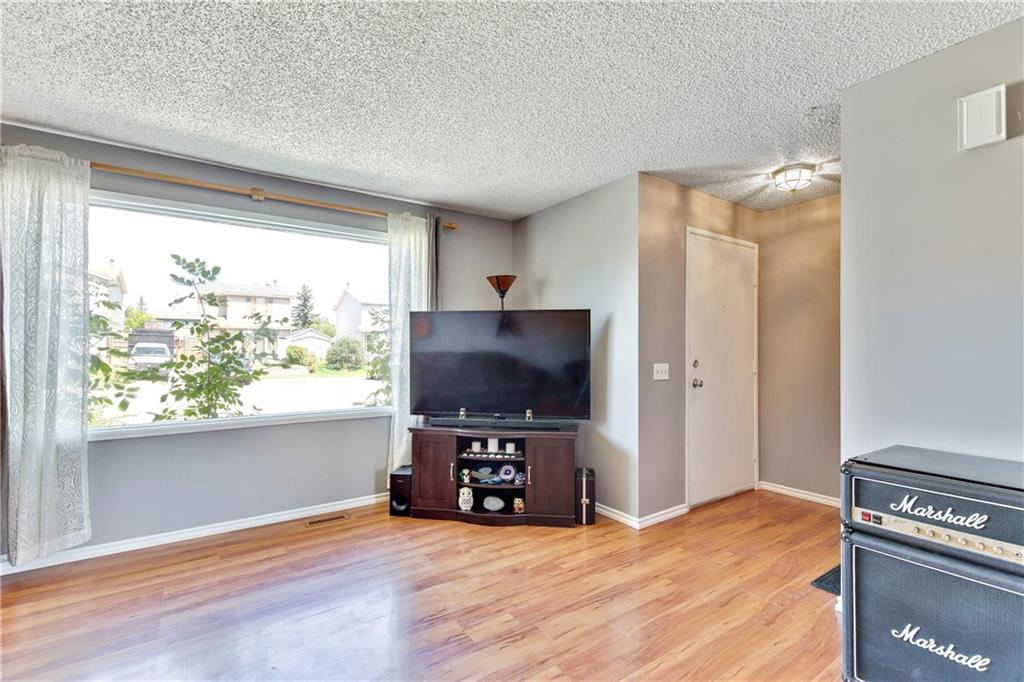 Picture of 63 ERIN WOODS PL SE