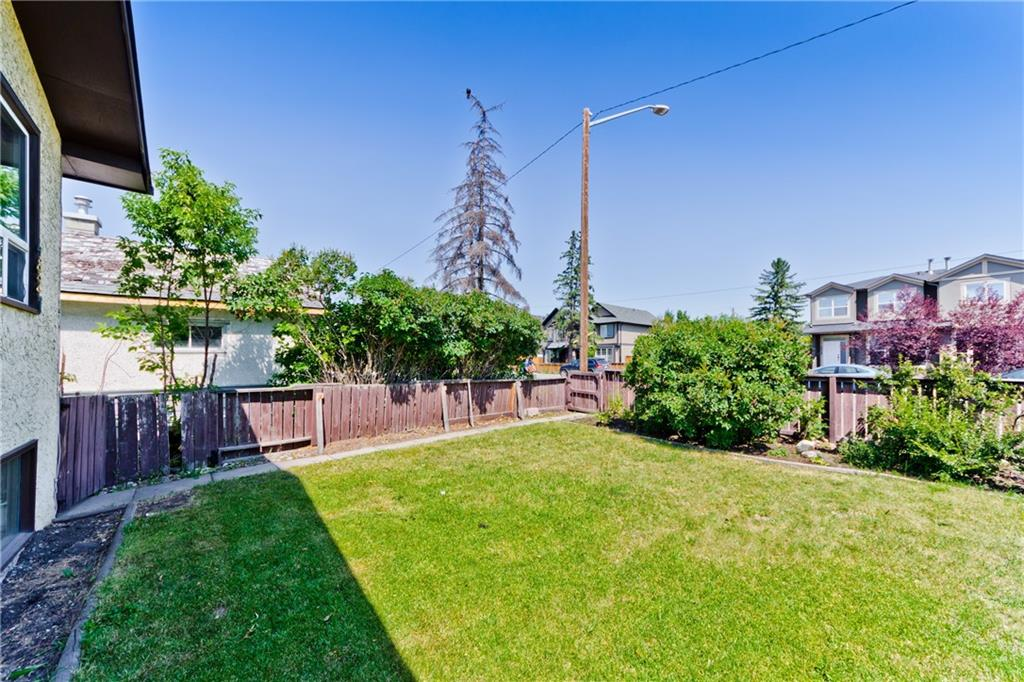 Picture of 4827 BOWNESS RD NW
