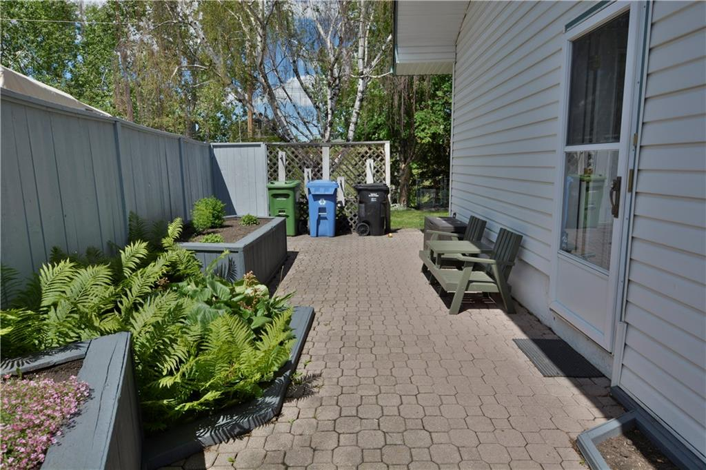 Picture of 28 GLENFIELD RD SW