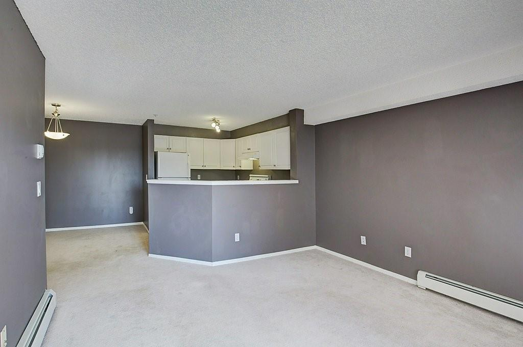 Picture of #237 1717 60 ST SE