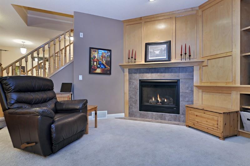 Picture of 128 COVENTRY HILLS DR NE