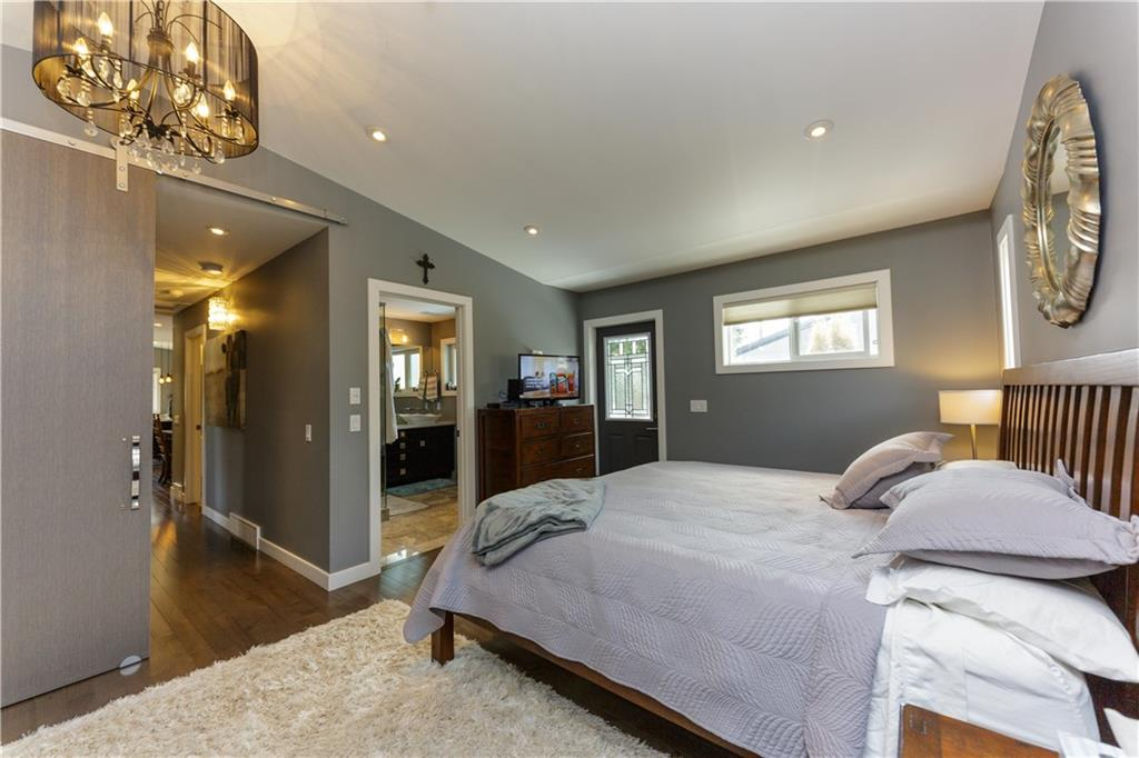 Picture of 55 GAINSBOROUGH DR SW