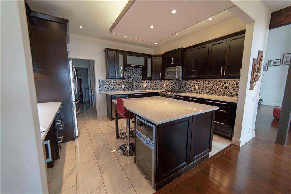 784 WEST CHESTERMERE DR , Chestermere, ALBERTA,T1X 1B6 ;  Listing Number: MLS C4244253