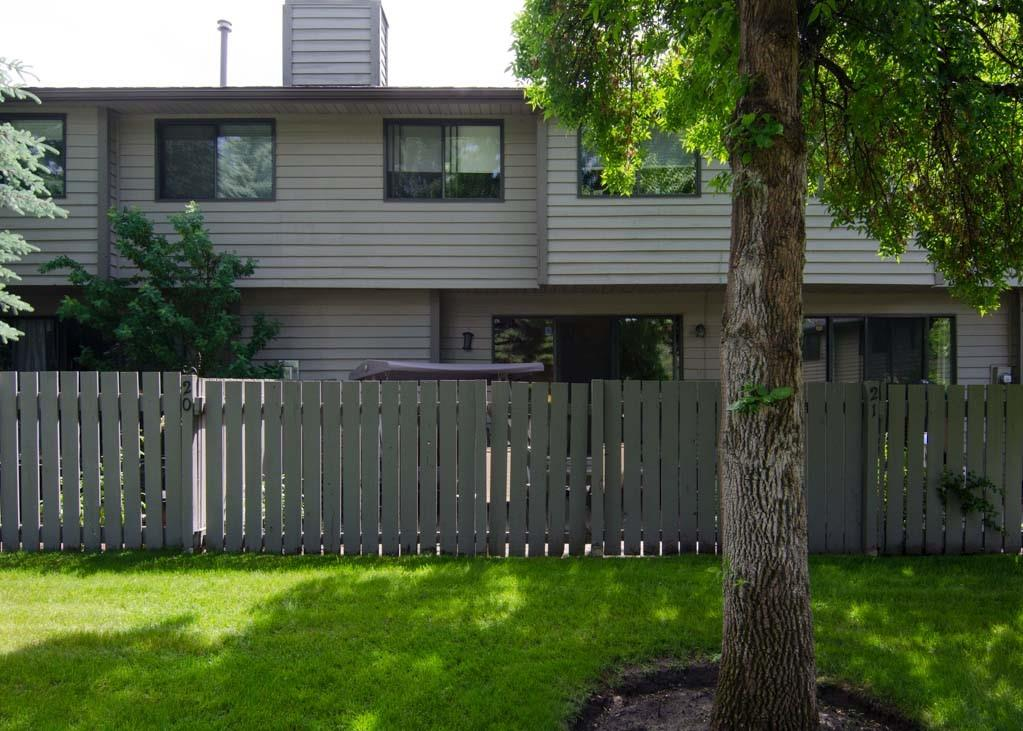 Picture of #20 10 POINT DR NW