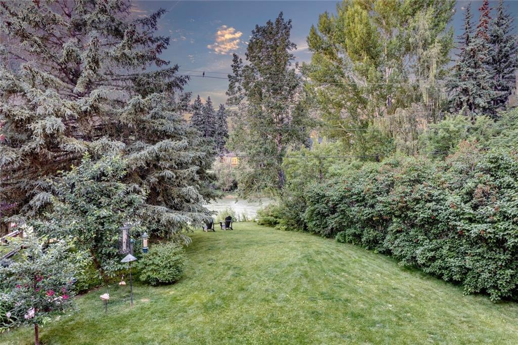 934 RIVERDALE AV SW , Calgary, ALBERTA,T2S 0Y6 ;  Listing Number: MLS C4257555
