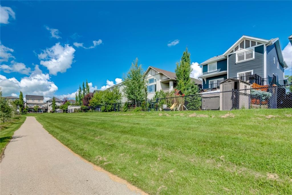 Picture of 203 SAGEWOOD BV SW