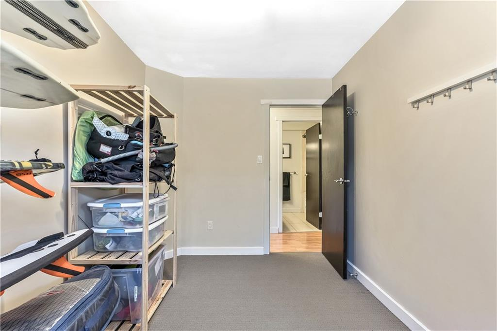 Picture of #304 655 MEREDITH RD NE