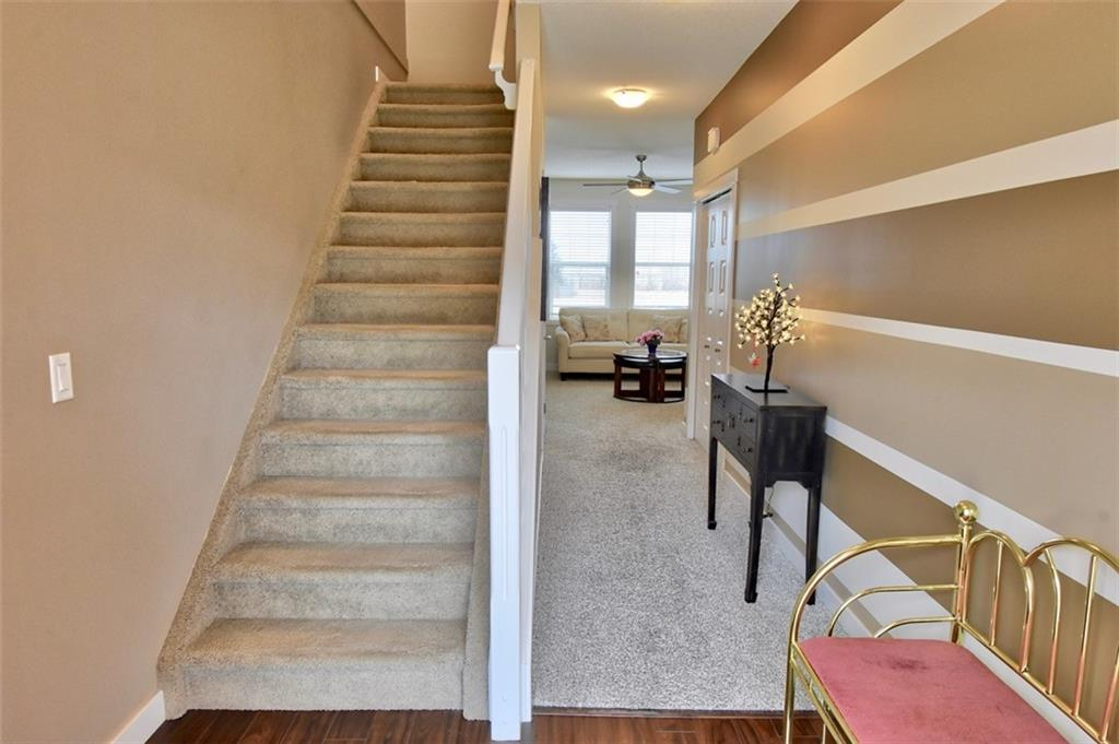 Picture of #3504 1001 8 ST NW