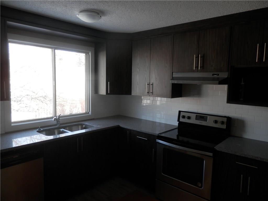Picture of 227 PENBROOKE CL SE