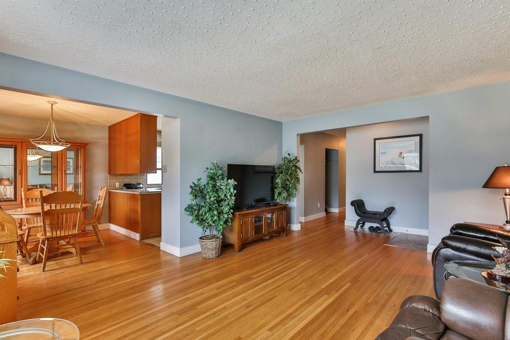 Picture of 6048 THORNCLIFFE DR NW