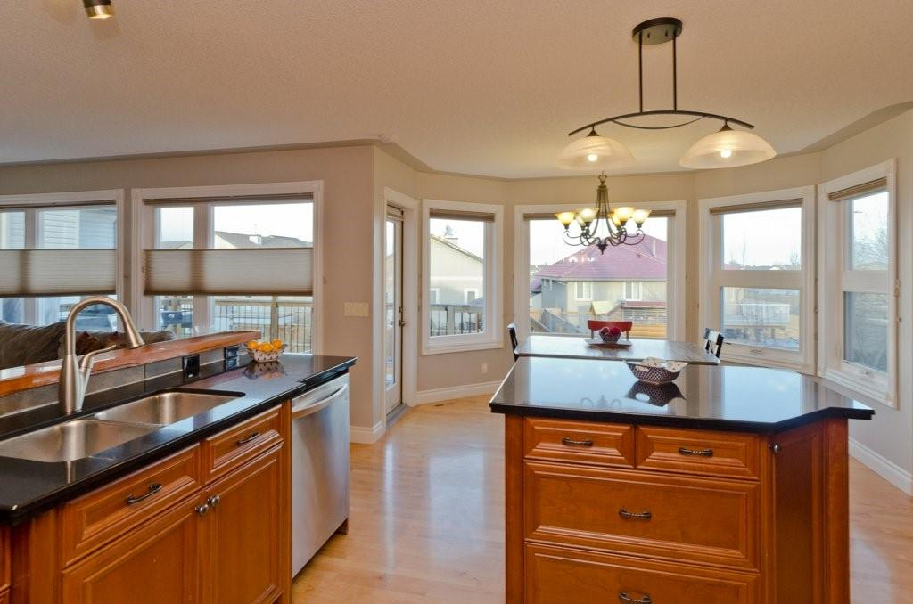 Picture of 106 STRATHMORE LAKES PL