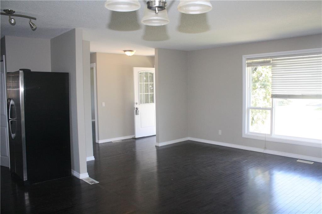 Picture of 1719 PINETREE CR NE