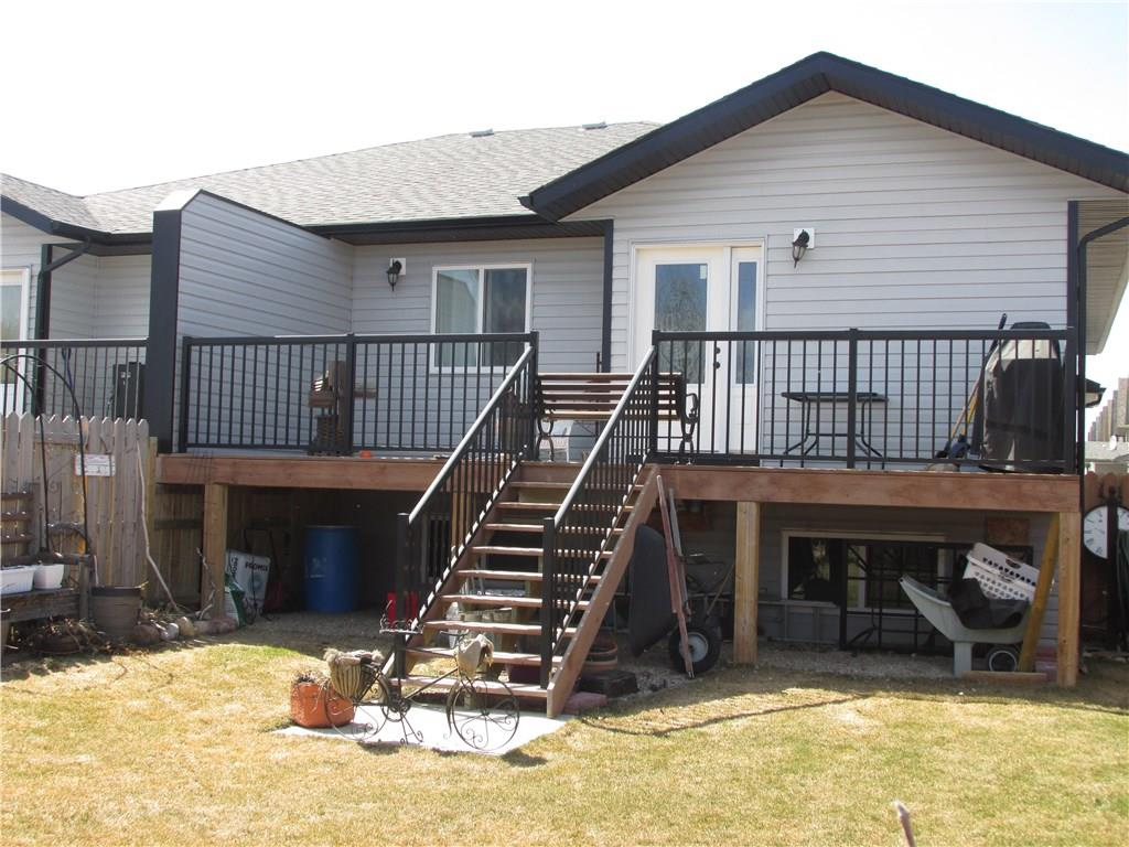 25 Destiny Wy, Olds, AB - CAN (photo 5)