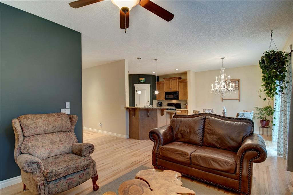 Picture of 132 KINCORA GLEN RD NW