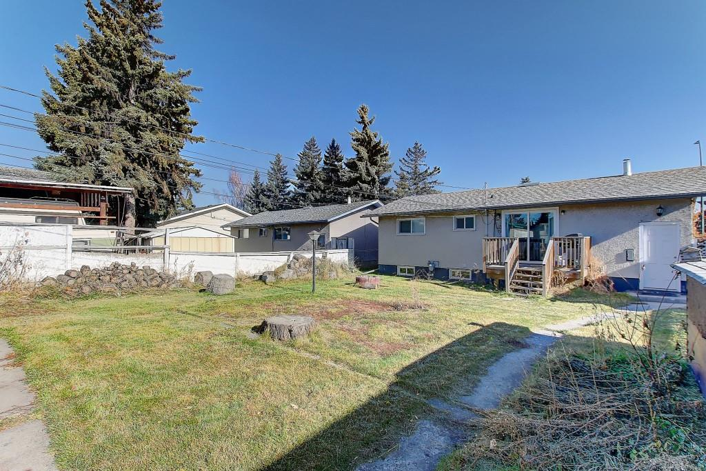 Picture of 2215 39 ST SE