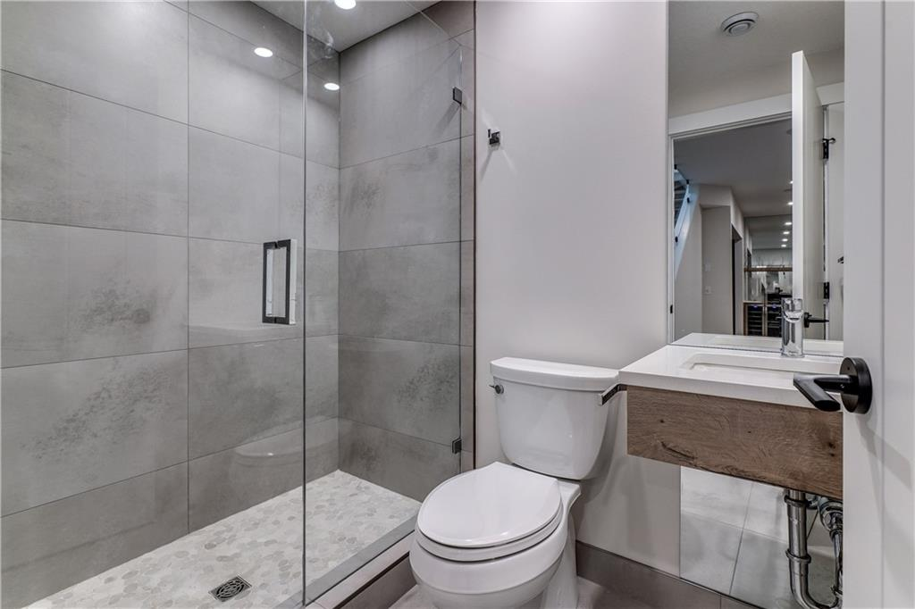 Picture of 3213 4A ST NW