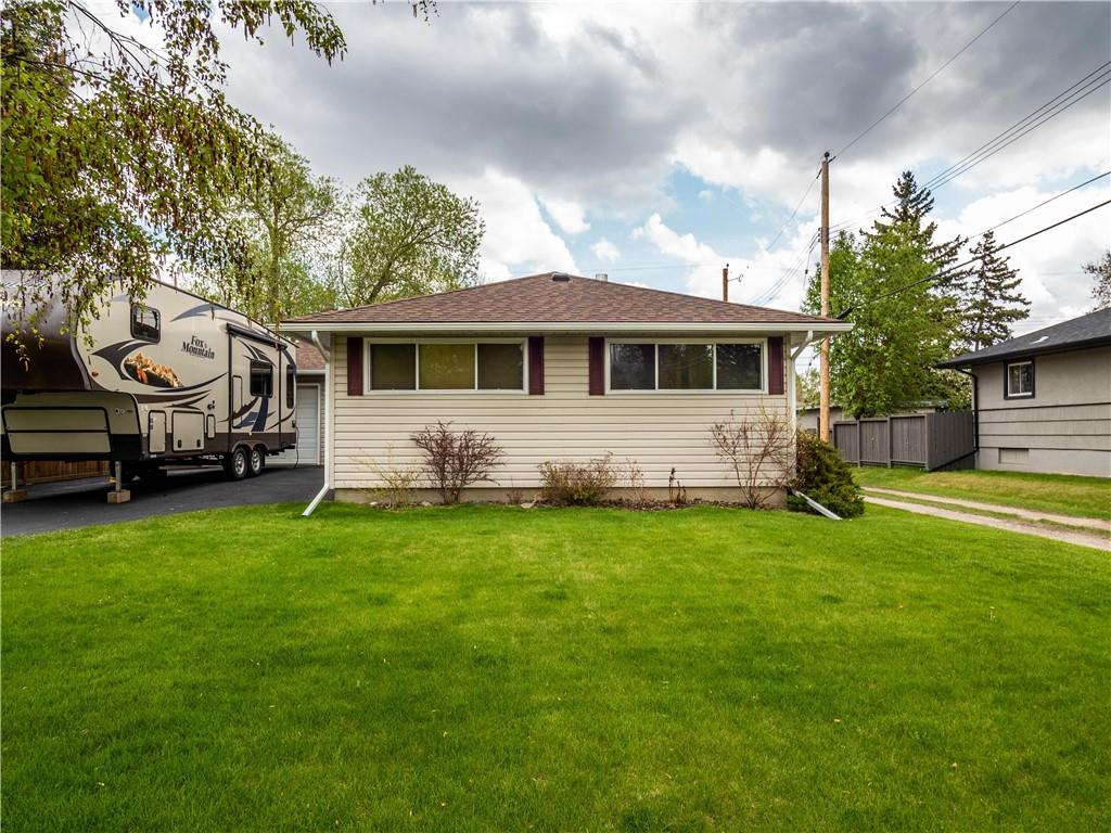 Picture of 2608 38 ST SW