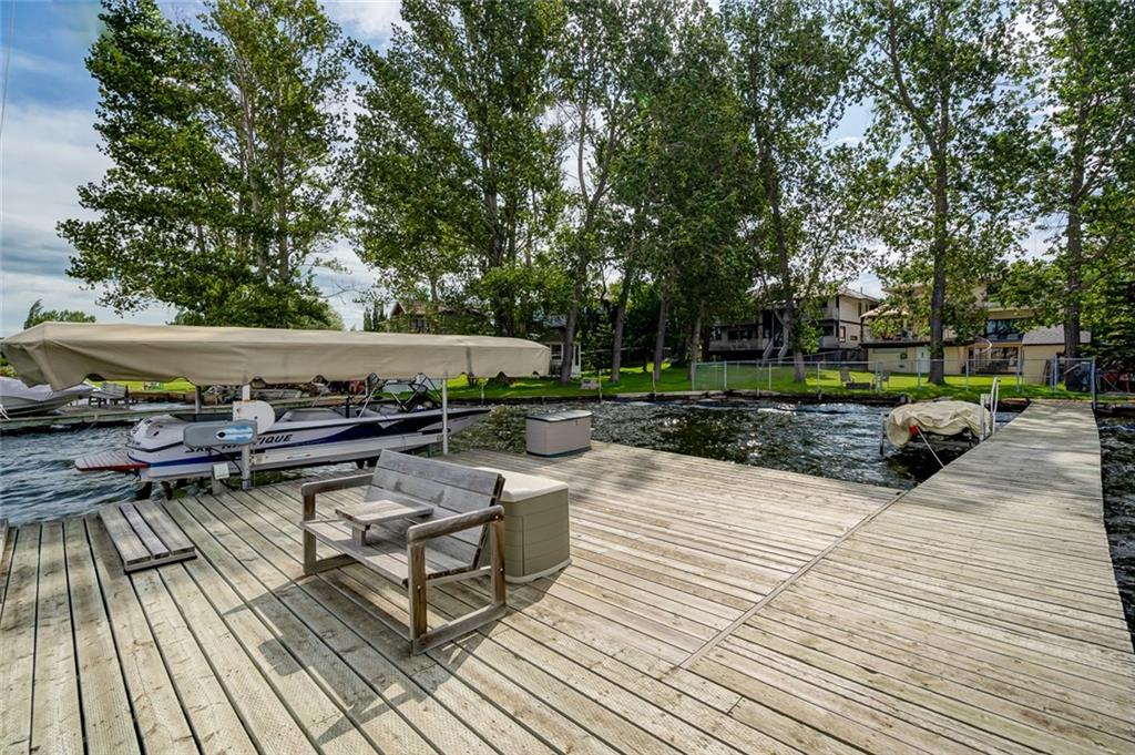 Picture of 737 EAST CHESTERMERE DR
