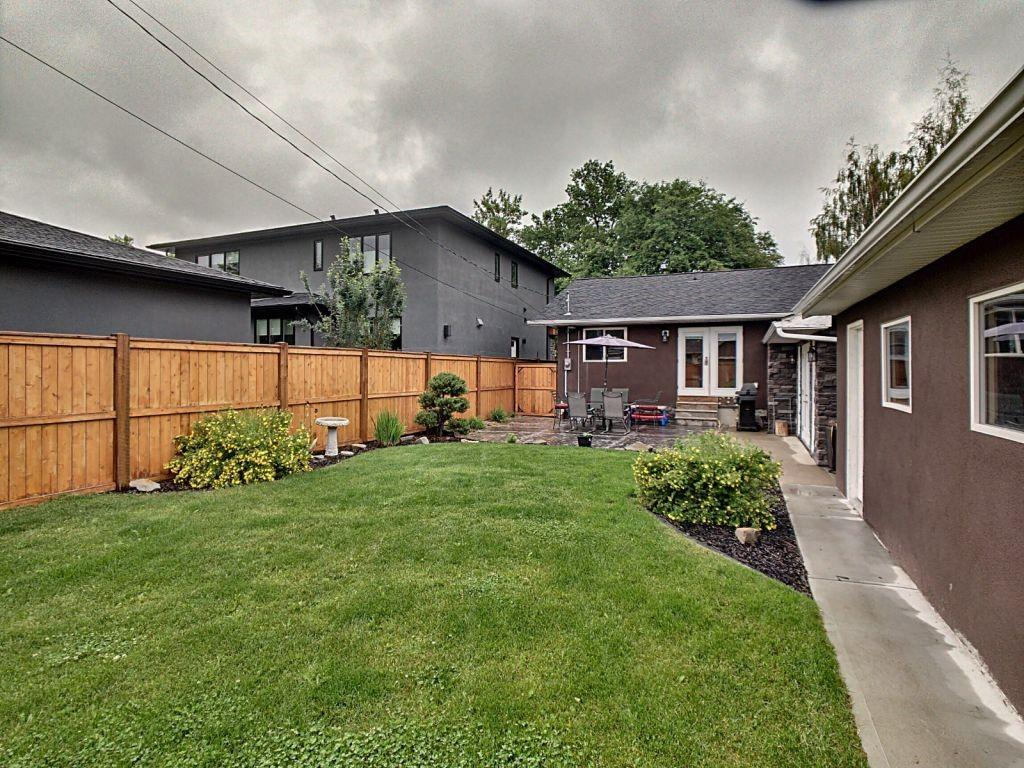 Picture of 3319 CARIBOU DR NW