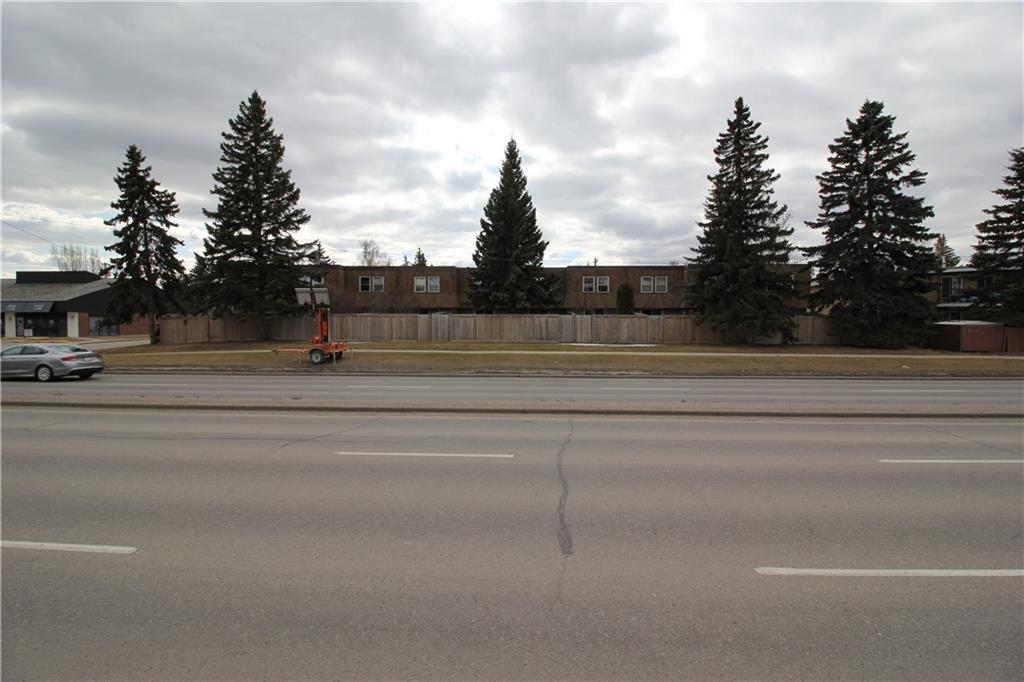 4401-4411A BOW TR SW , Calgary, ALBERTA,T3C 2G3 ;  Listing Number: MLS C4224280