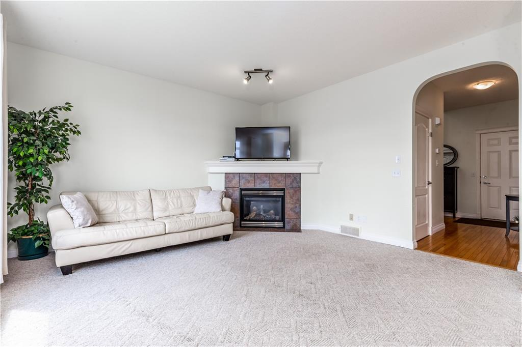 Picture of 303 SAGEWOOD PL SW