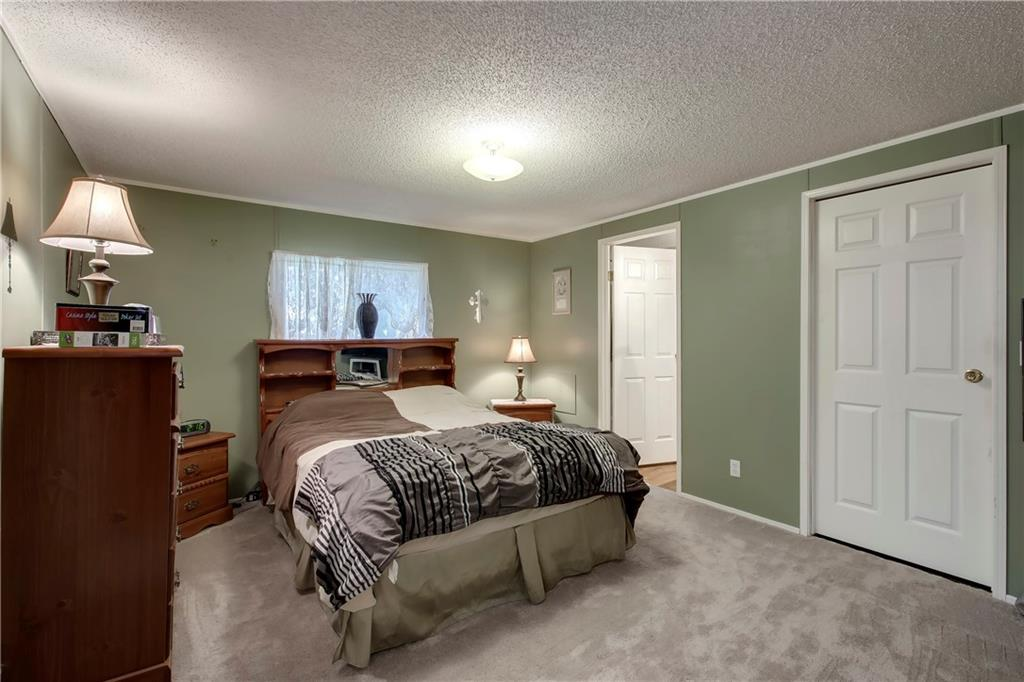 Picture of 265022 Glenmore Trail