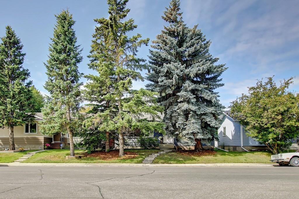 Picture of 4243 45 ST SW