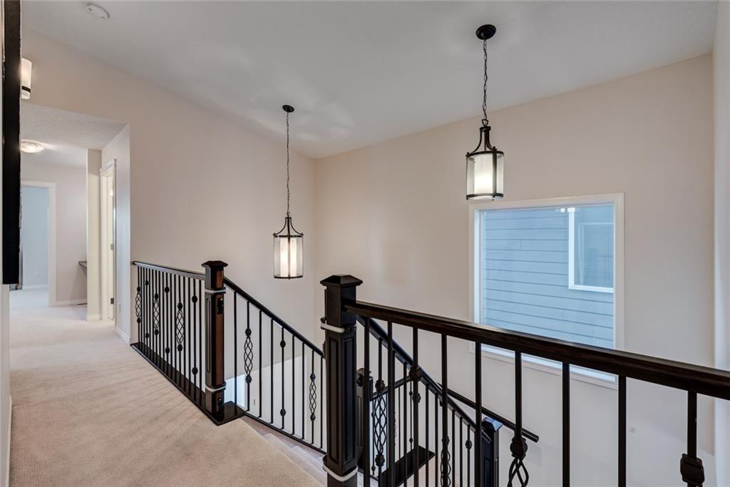 Picture of 14 VALLEY POINTE BA NW