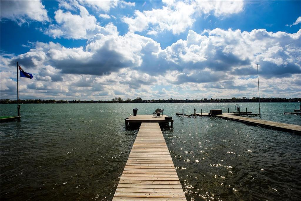 Picture of 688 WEST CHESTERMERE DR