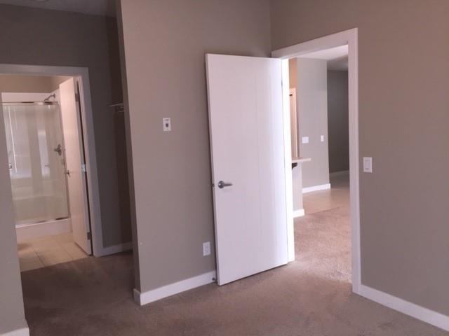 Picture of #2107 604 EAST LAKE BV NE