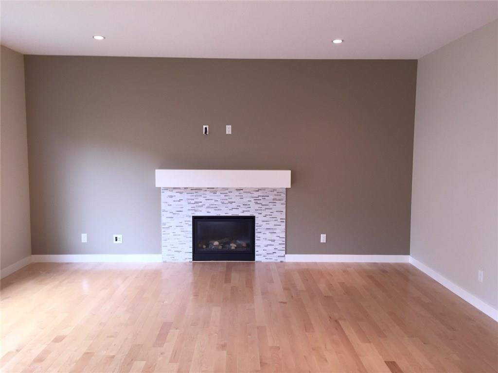 Picture of 160 Wildrose CR